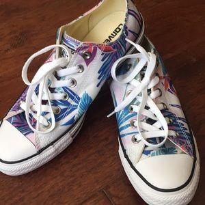 Men's colorful converse tennis shoes, size 7 1/2